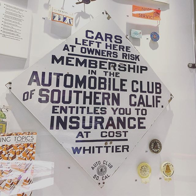 👀 Plenty of cars for the eyes to see, yet mine go right to this sign. #autoclubofsoutherncalifornia #autoclub #signage #typography #graphicdesign #petersenmuseum