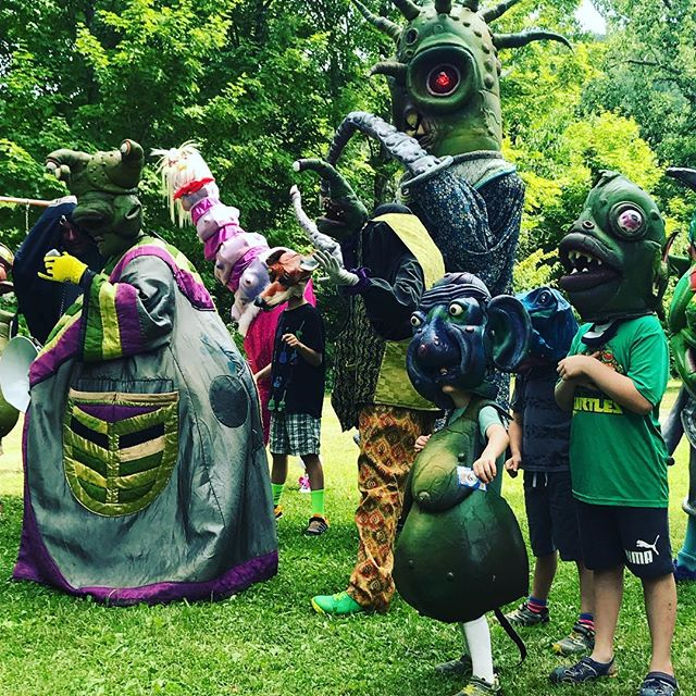 @bignazo are slowly transforming festival goers into extra terrestrial beings. @bignazo Part of the West Fulton Puppet Festival, July 13 & 14, 2018. www.westfultonarts.org . . . #westfulton #westfultonarts #puppetry #westfultonpuppetfestival #puppetfestival #puppets #schohariecounty #schoharie #upstateny #iloveny #exploreschohariecounty #exploreny #puppetfestival #puppetsofinstagram #puppetshow #localarts #supportlocalarts #newyorkexplored #familyvacation #familyadventures #kidsactivities #staycation #nyadventures