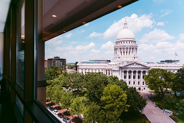 Madison Wisconsin y'all- - - - - - #architecture #photooftheday #Madison #wisconsin #capitol #justgoshoot #stunnersoninsta