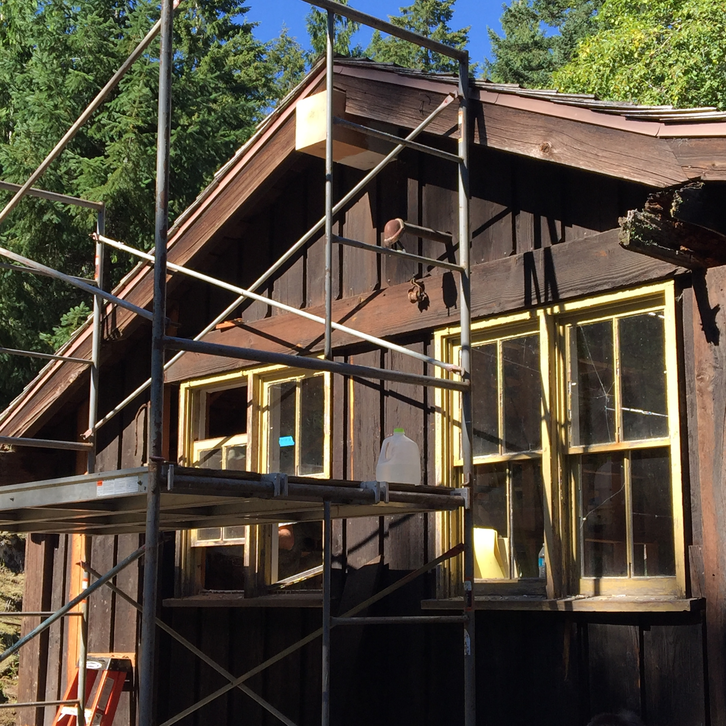 Cabin L125, built by the CCC in 1937, sporting its new lookout that I cut and sanded.