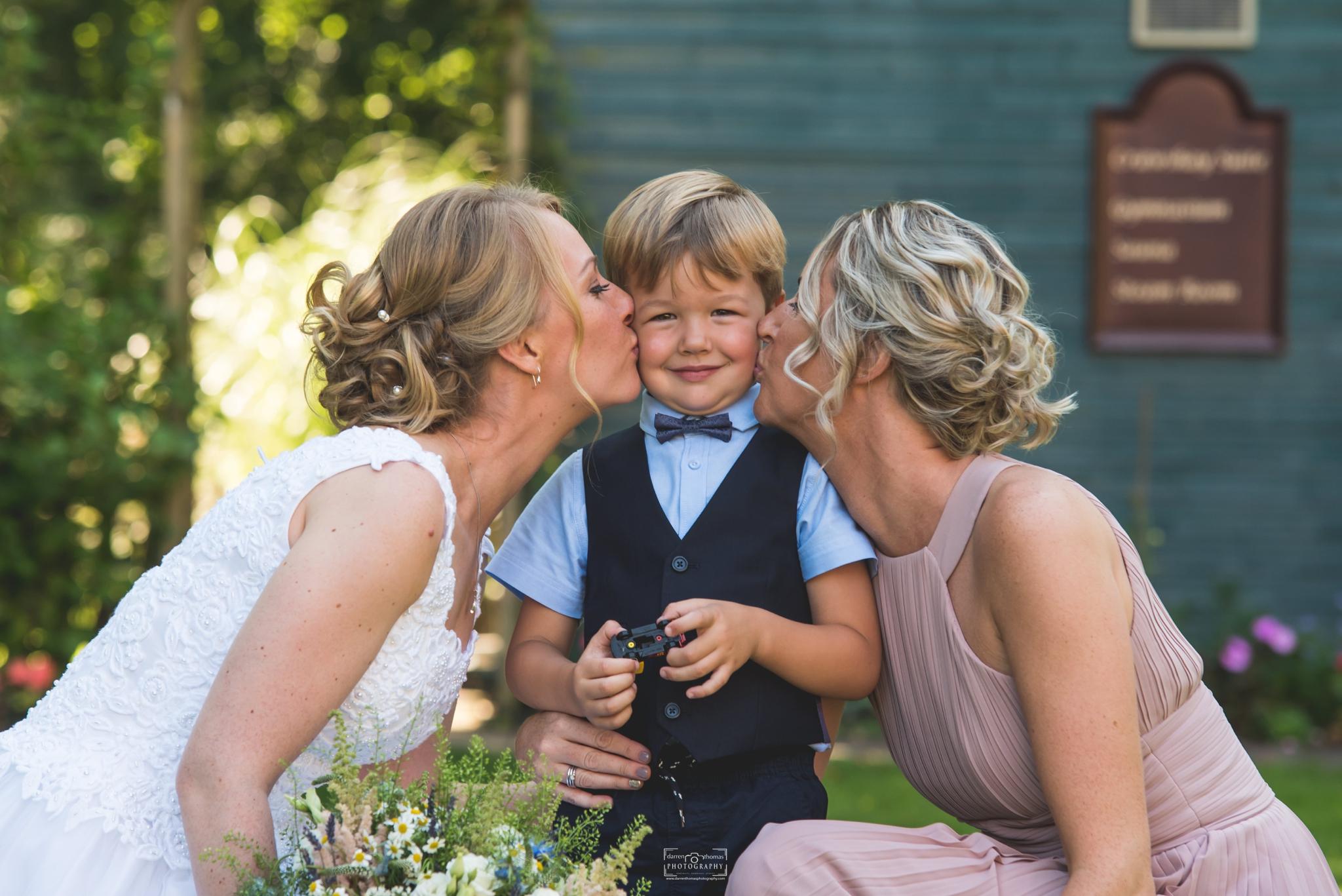 Coed y Mwster Weddings_0022.jpg