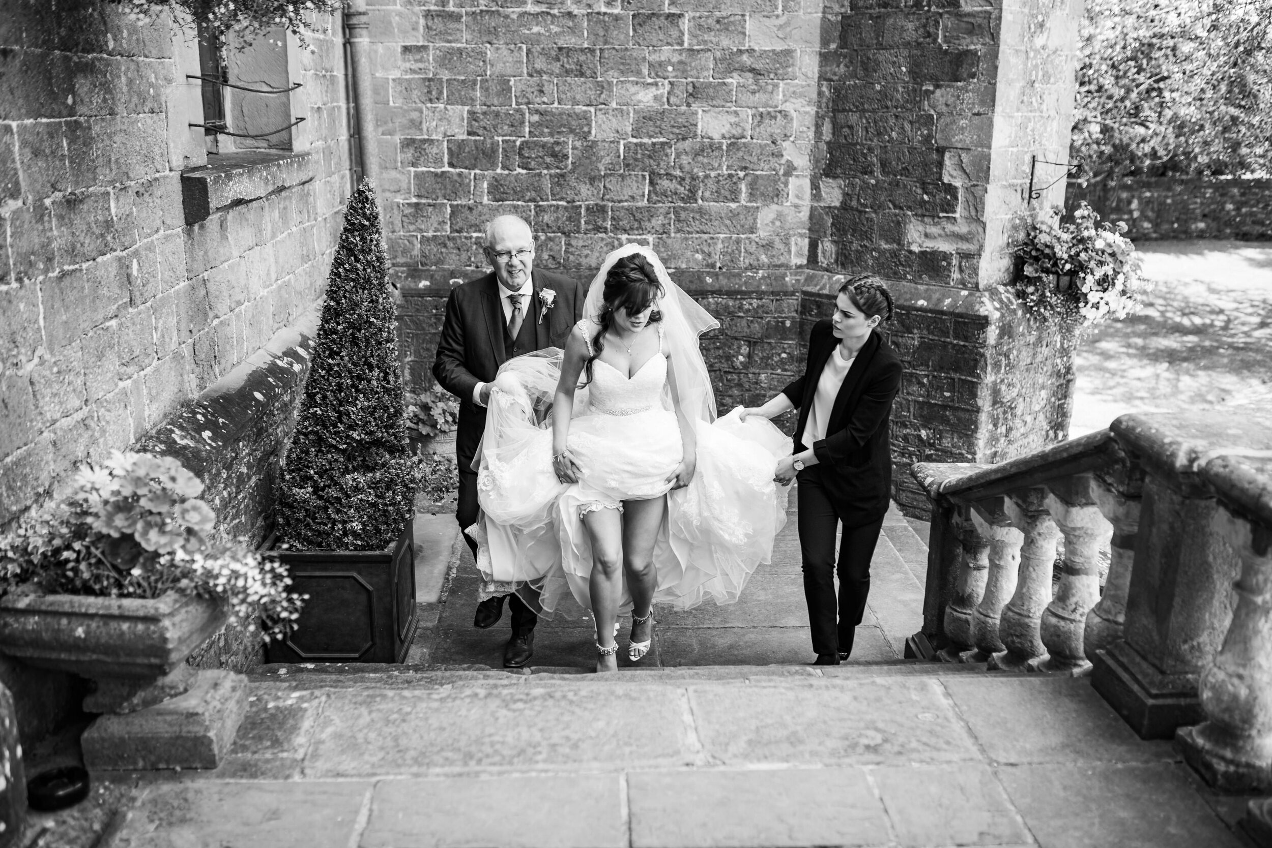 Clearwell-Castle-Gloucestershire-Wedding-Photography-63.jpg