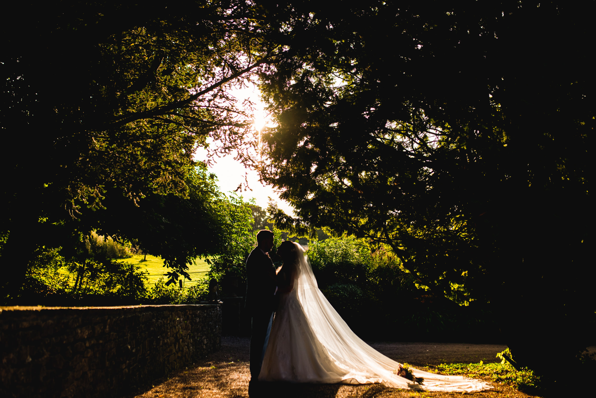 Clearwell-Castle-Gloucestershire-Wedding-Photography-41.jpg