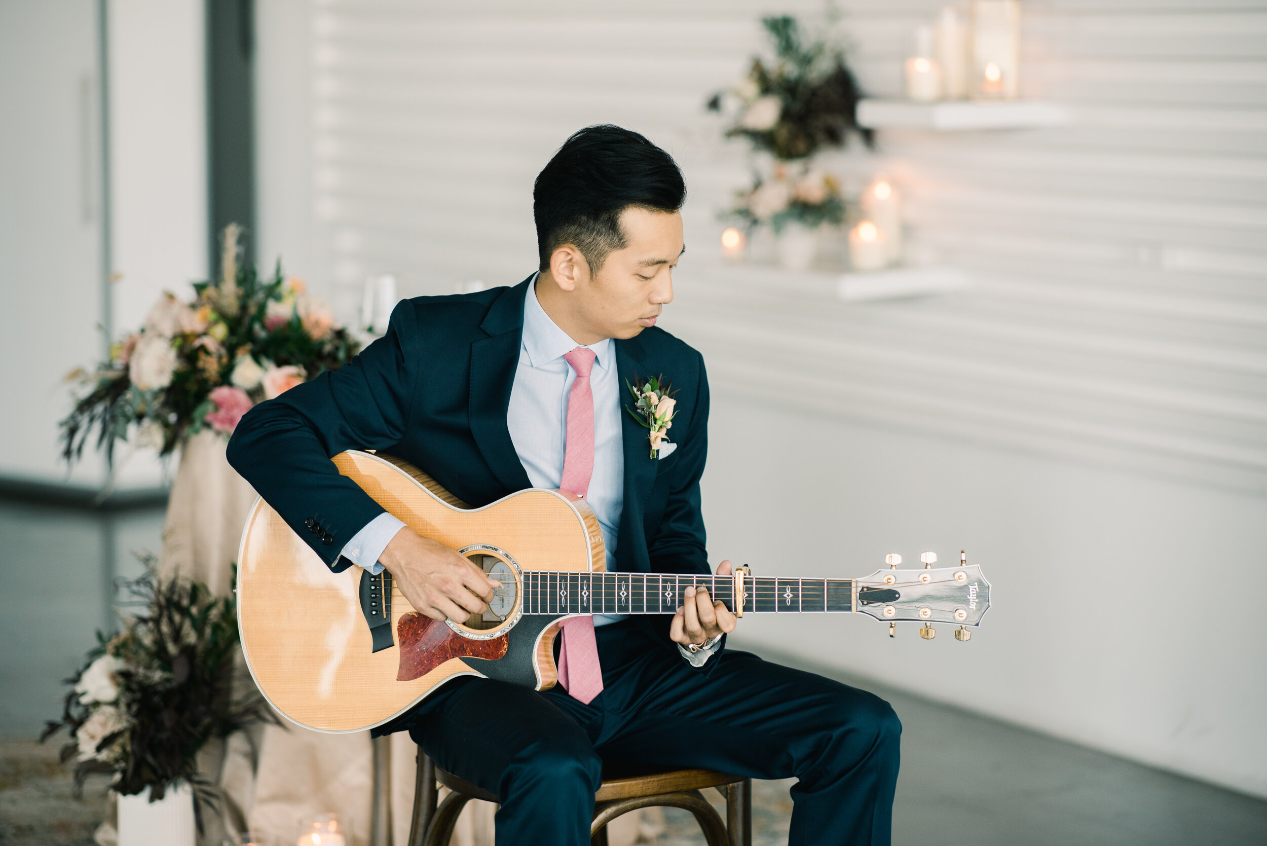 Weddings - Acoustic music as unique as your wedding day. Your friends will probably attend 6 weddings this year. I want them to remember yours.