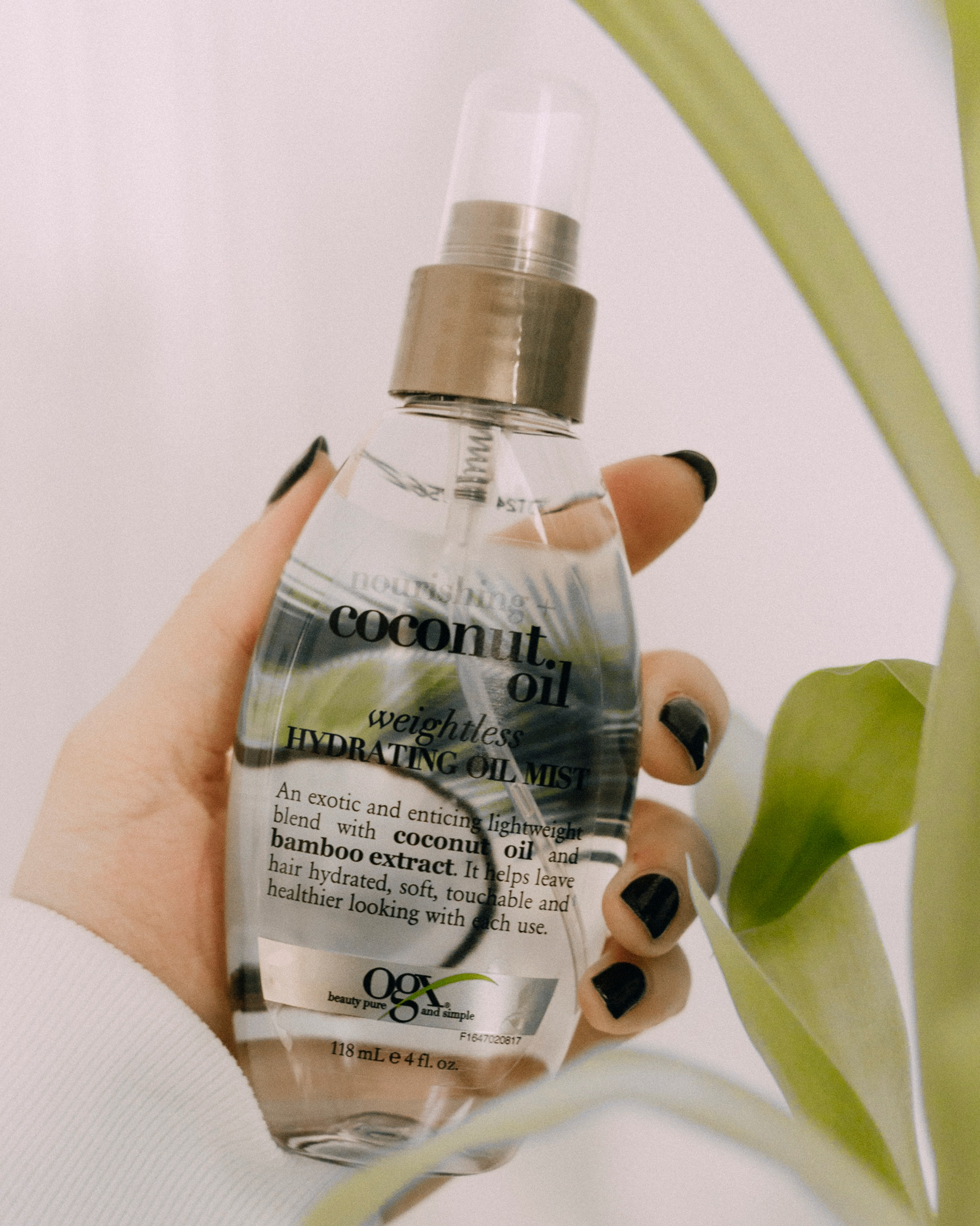 OGX Hydrating Coconut Oil Mist