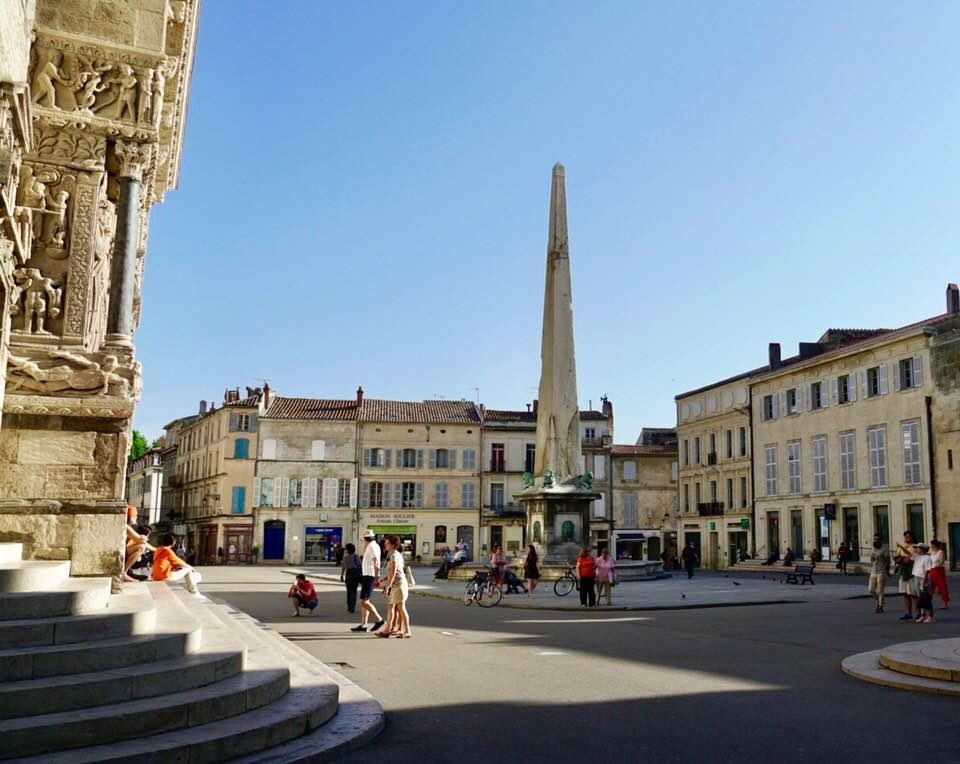 Square Arles.jpg