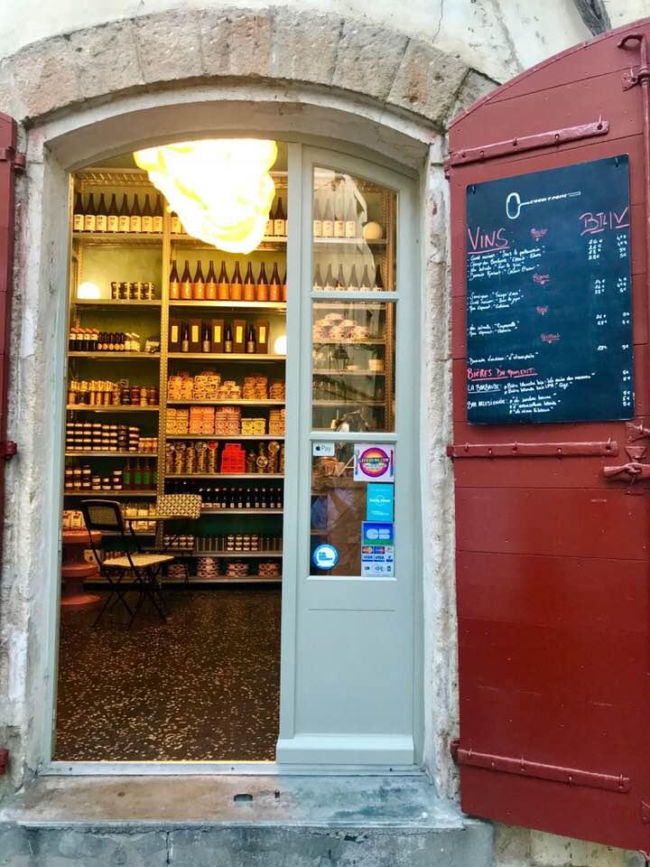 Wine Bar Arles.jpg