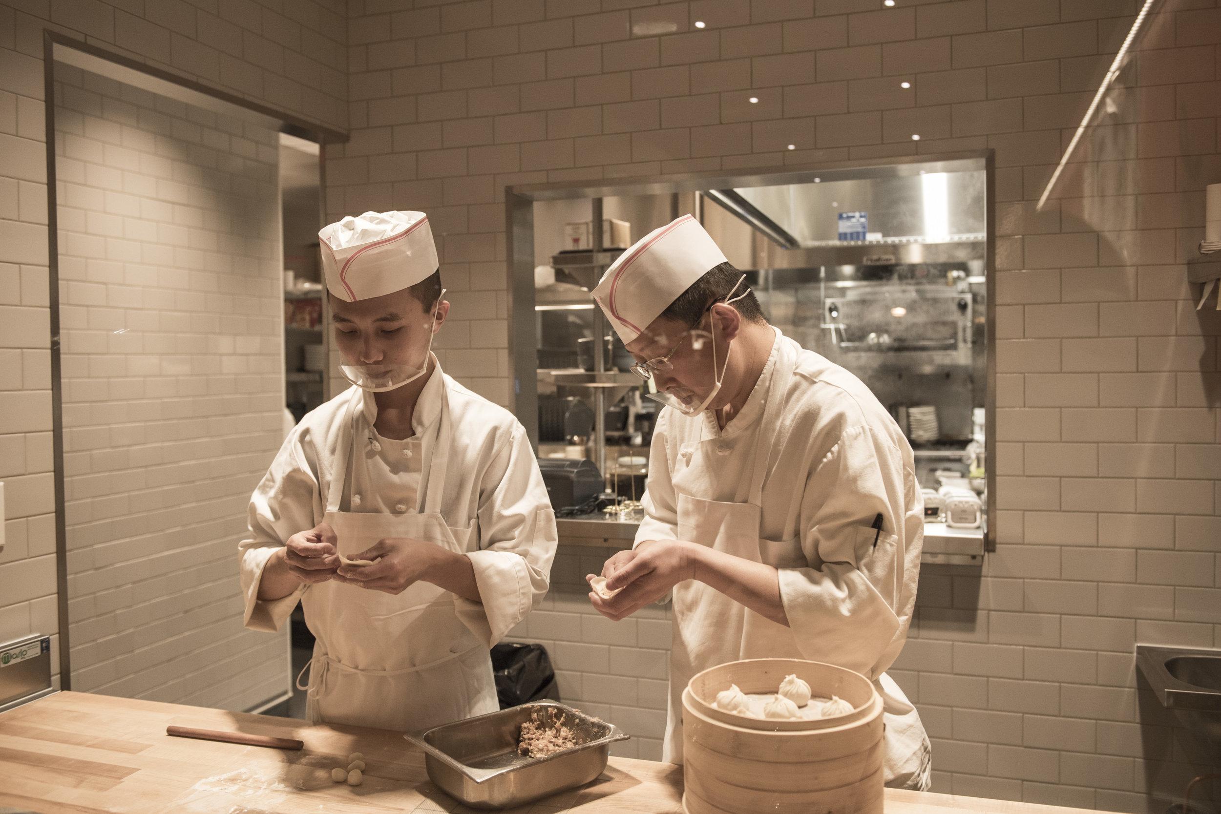 Pinch Chinese Chefs at Work