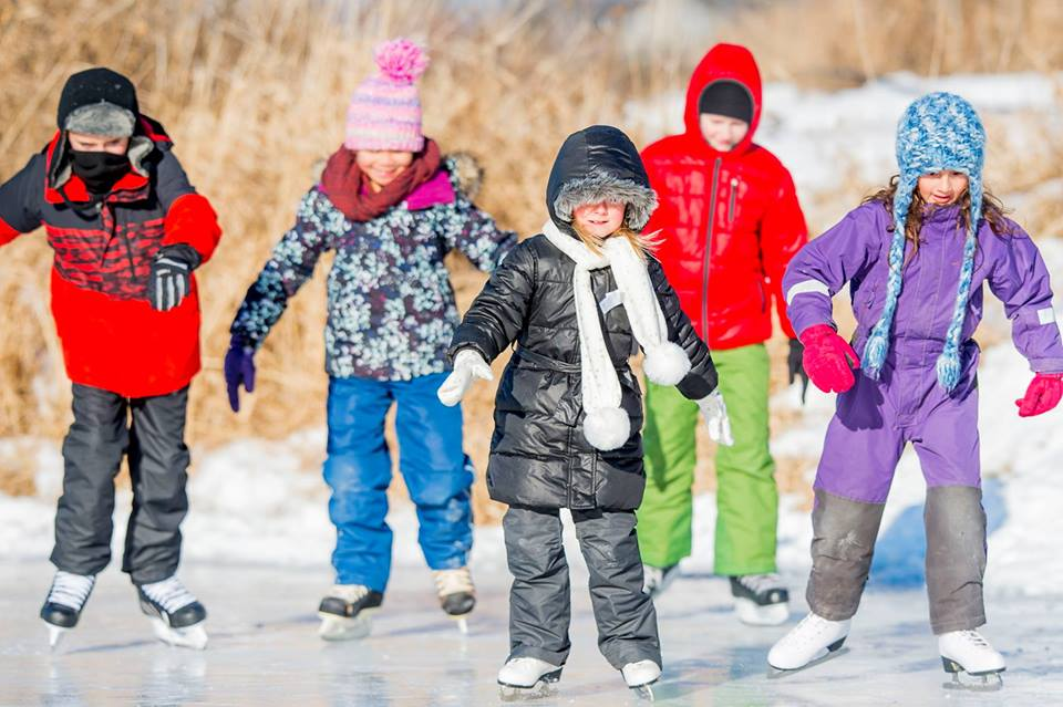 Friday, DECember 28th - Ice Skating Party | Join us at 1:00pm at the Rockin' Skating Rink for an afternoon of music, hot chocolate, skating, and more. Free skate rentals available from the KAR Rental Shop* Hosted by Kimberley Alpine Resort