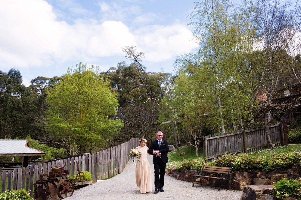 064 Gum Gully Farm wedding.jpg