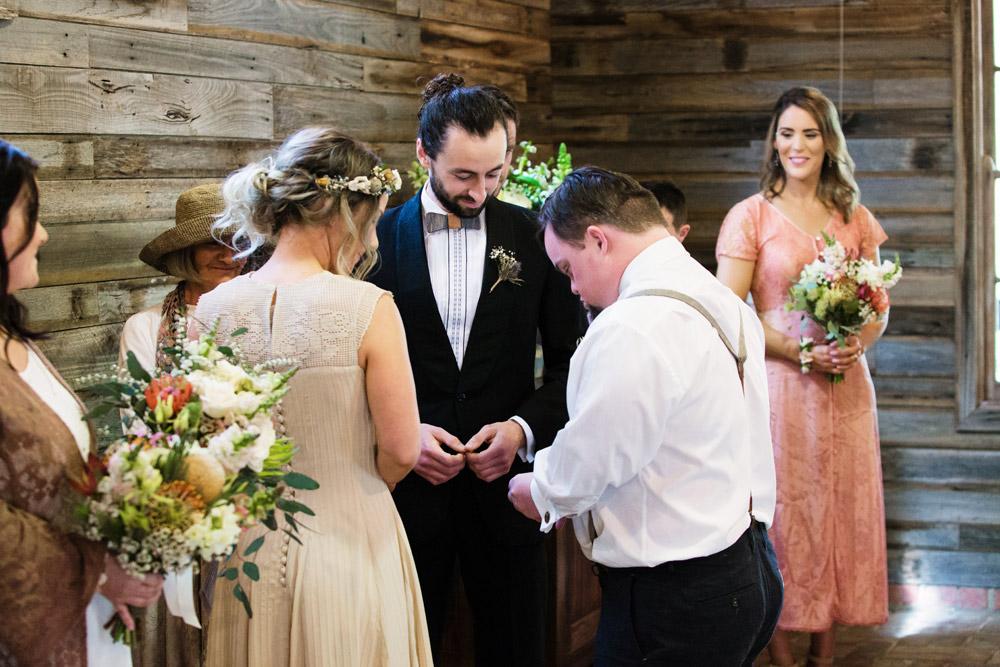 076 Gum Gully Farm wedding.jpg