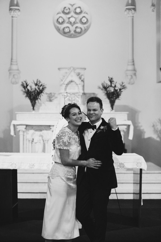 012 natural melbourne wedding photography.jpg