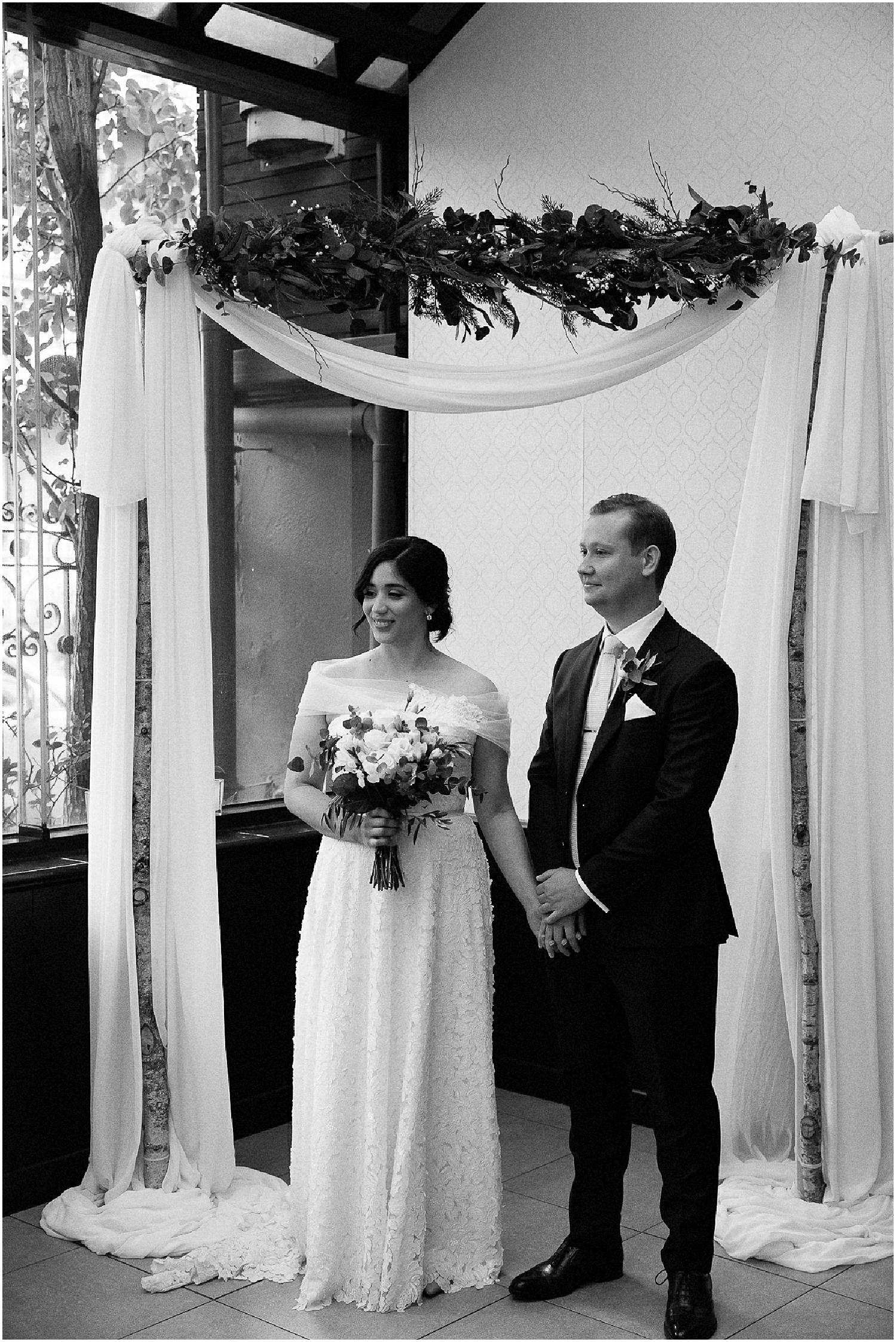 St-Andrews-conservatory-wedding024.jpg