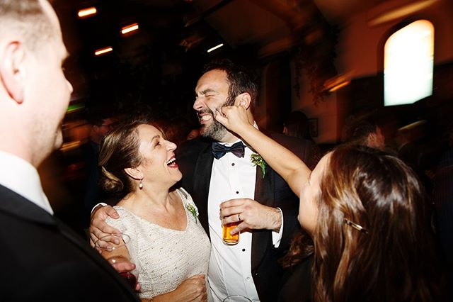Nothing like a good squeeze #chasinglight #forthewildlyinlove #wildhairandhappyhearts #radlovestories #authenticlovemag #dirtybootsandmessyhair #radstorytellers #couplescollective #loveandwildhearts #goldenlovestories #makeportraits #bridetobe2020 #modernbride #classicbride #modernromantic #naturalbride #luxewedding #luxeweddingstyle #nouba_blog #grandwedding #brunswickwedding #fineartphotography #fineartweddingphotographer
