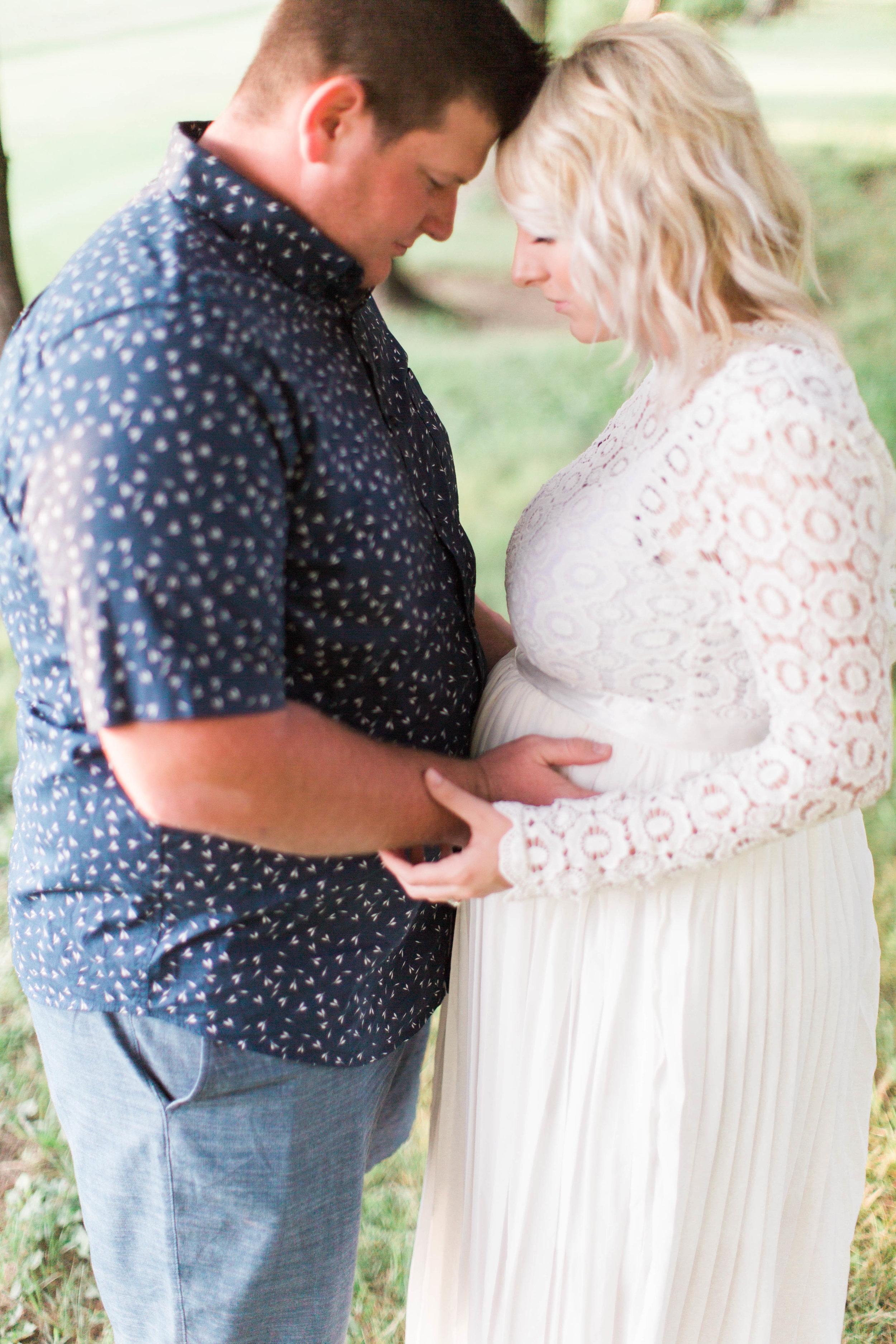 HollyNoelPhoto-Maternity-2.JPG
