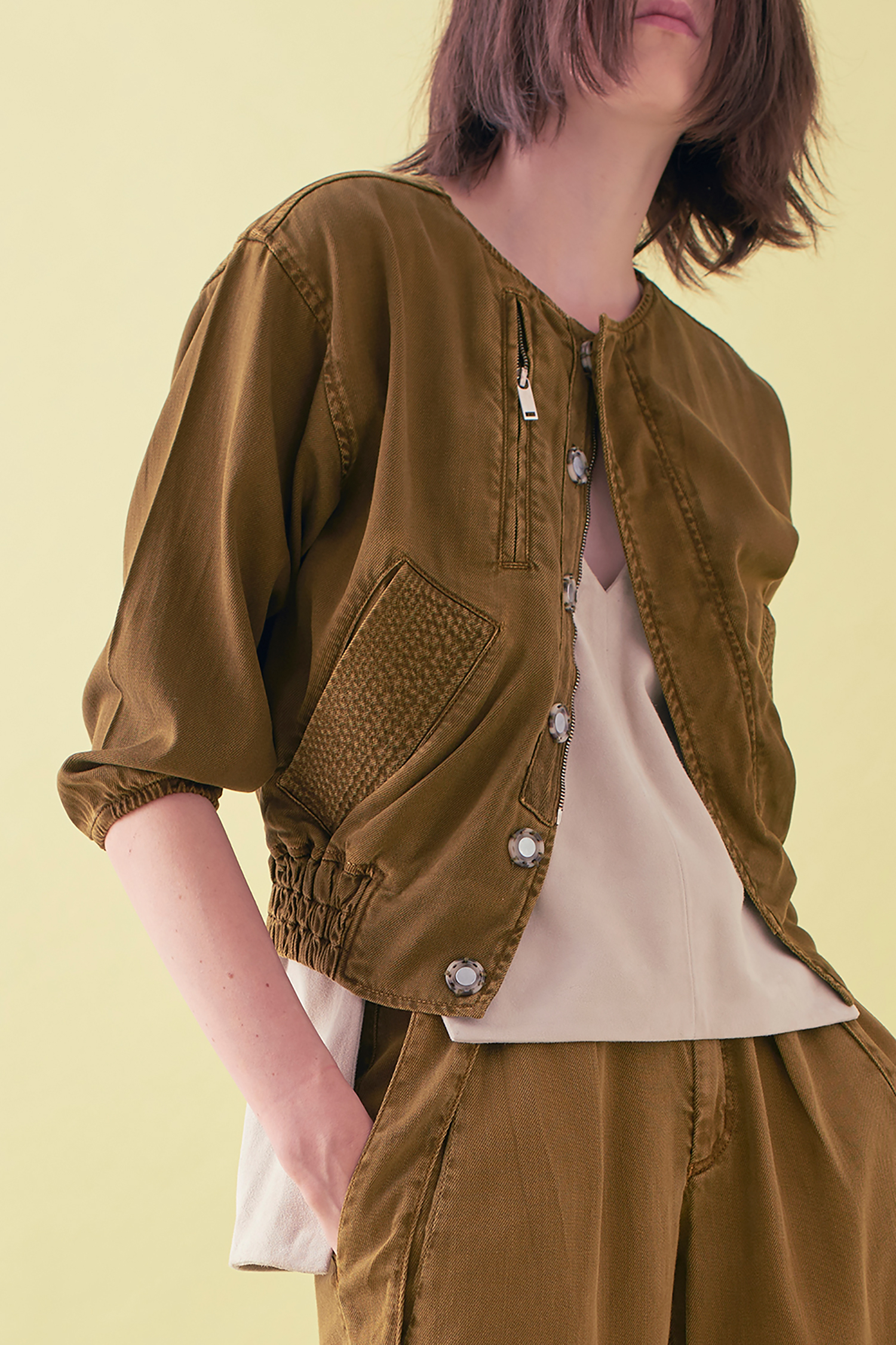 Sarah_Swann_SS17_09_Garment_Dyed_Cotton_Short_Utility_Jacket_Olive_F01.jpg