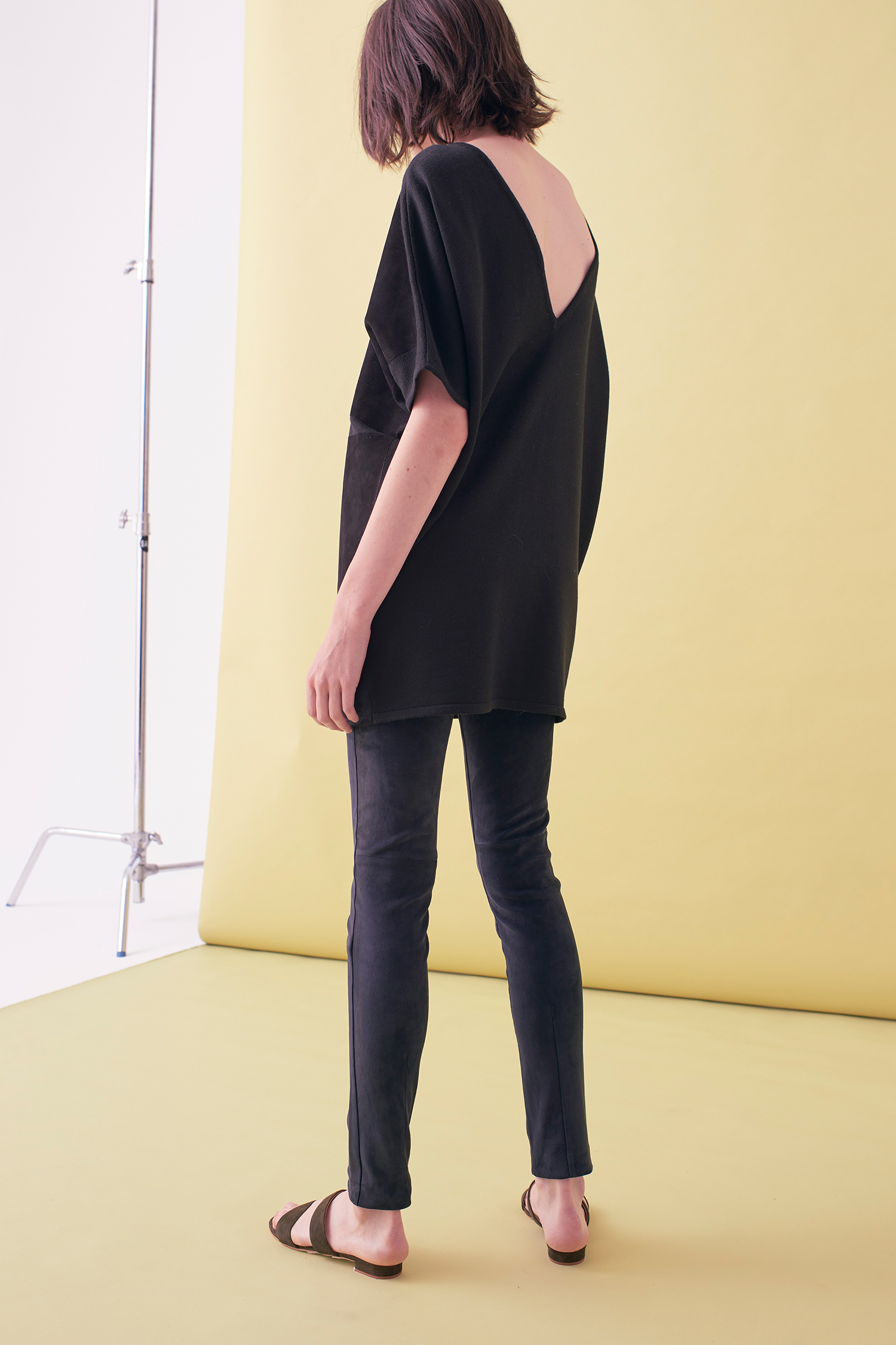 Sarah_Swann_SS17_04_Suede_And_Knit_Sweater_Midnight_B.jpg