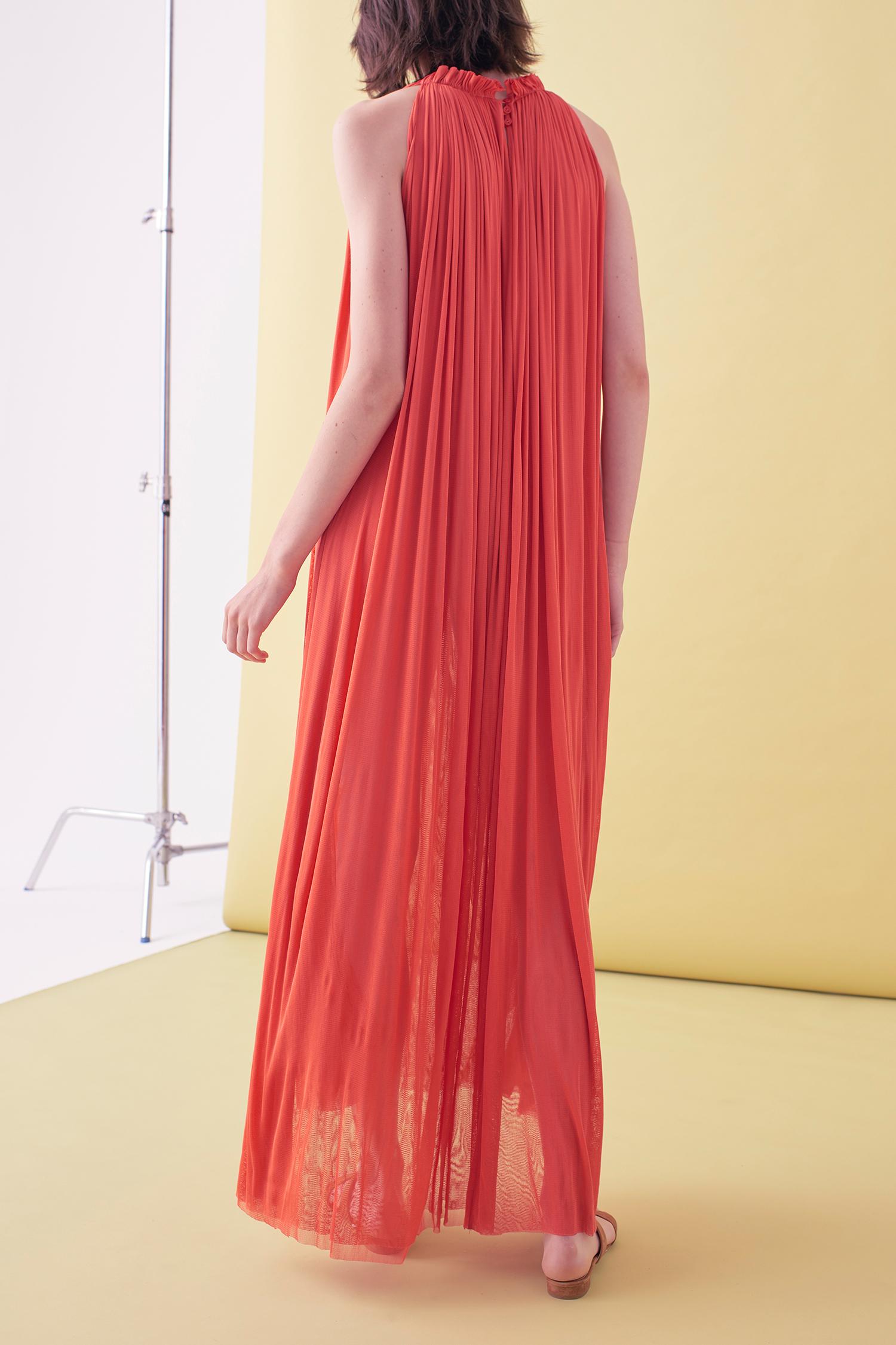 Sarah_Swann_SS17_02_Silk_Mesh_Step_Front_Dress_Coral_B.jpg