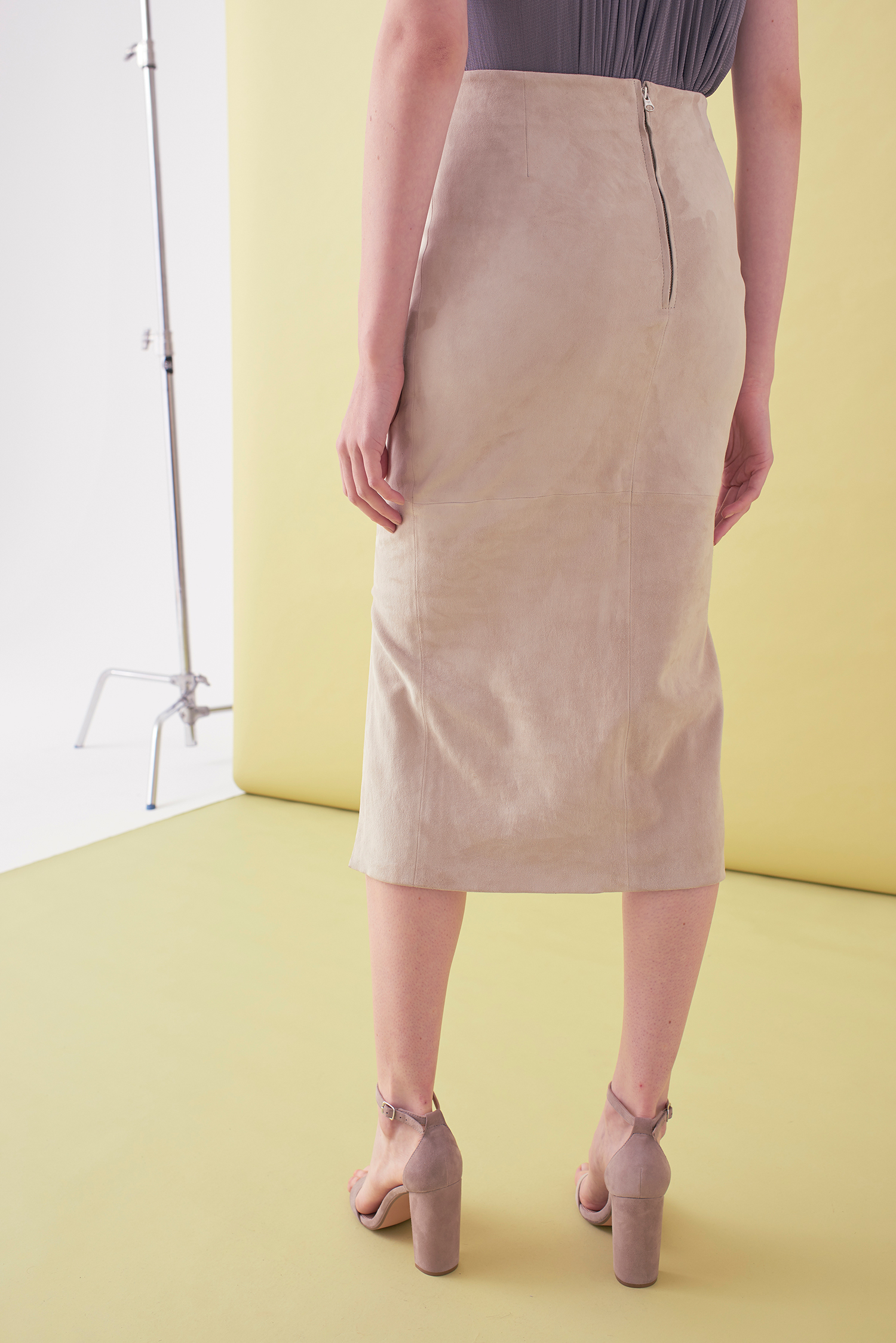 Sarah_Swann_SS17_33_Stretch_Suede_Step_Front_Skirt_Bone_B.jpg
