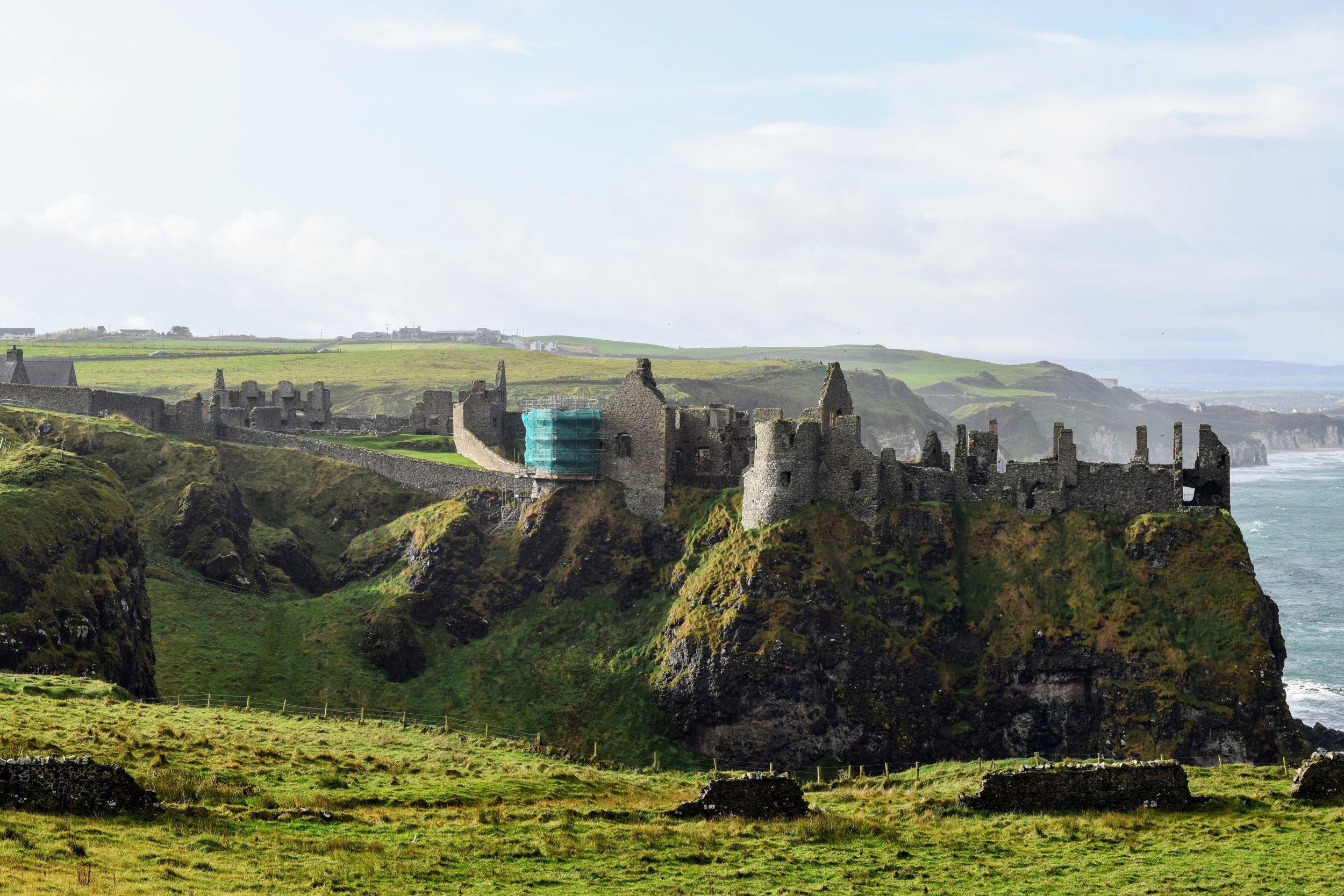 Dunluce Castle  (Nikon D3300, 50mm, f/8, 1/250 sec, ISO 200)