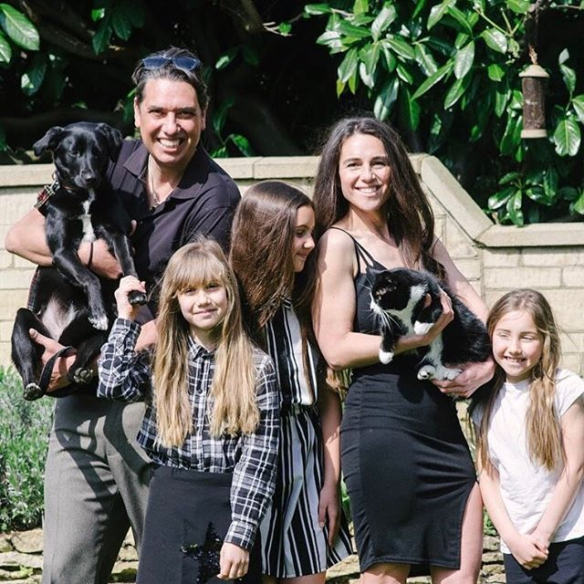 Move over Kardashians... The Kings are in town 🤪 😂 #Kardashians as #thekings are in town #happy #love #family #pets #petsofinstagram #familylife #healthyliving #entertainment