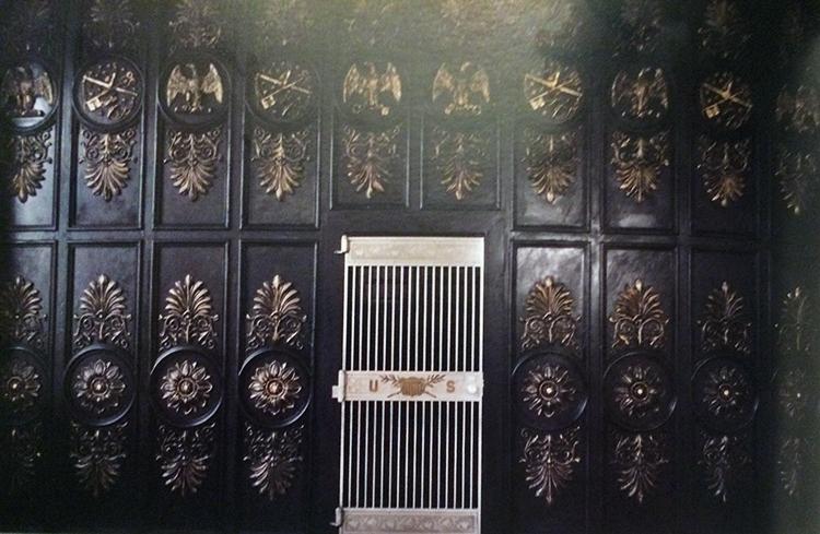 OLD TREASURY VAULT DOOR.  TREASURY DEPARTMENT PHOTO