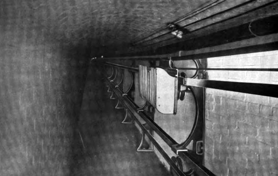 library-of-congress-book-tunnel