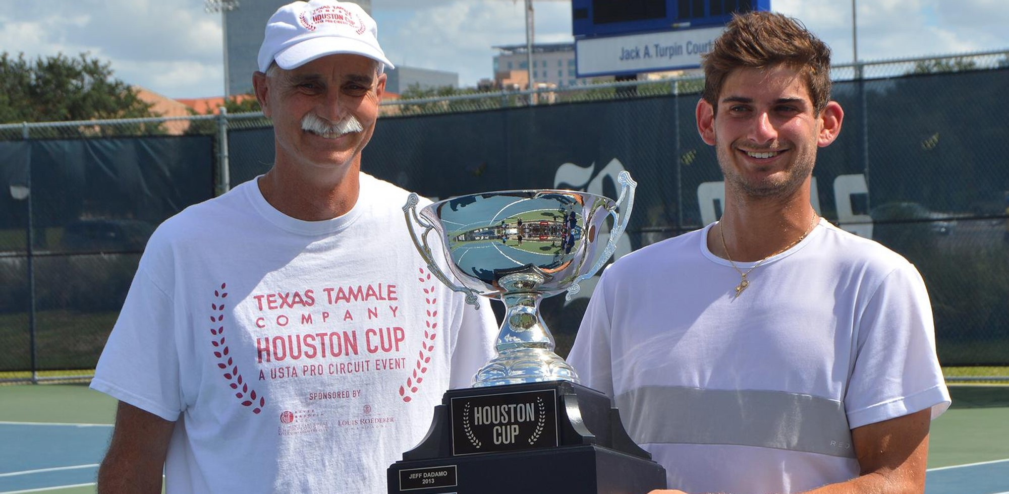 The three-time ITA All-American secured his first singles title since 2017. - HILTZIK WINS SINGLES TITLE AT HOUSTON FUTURES