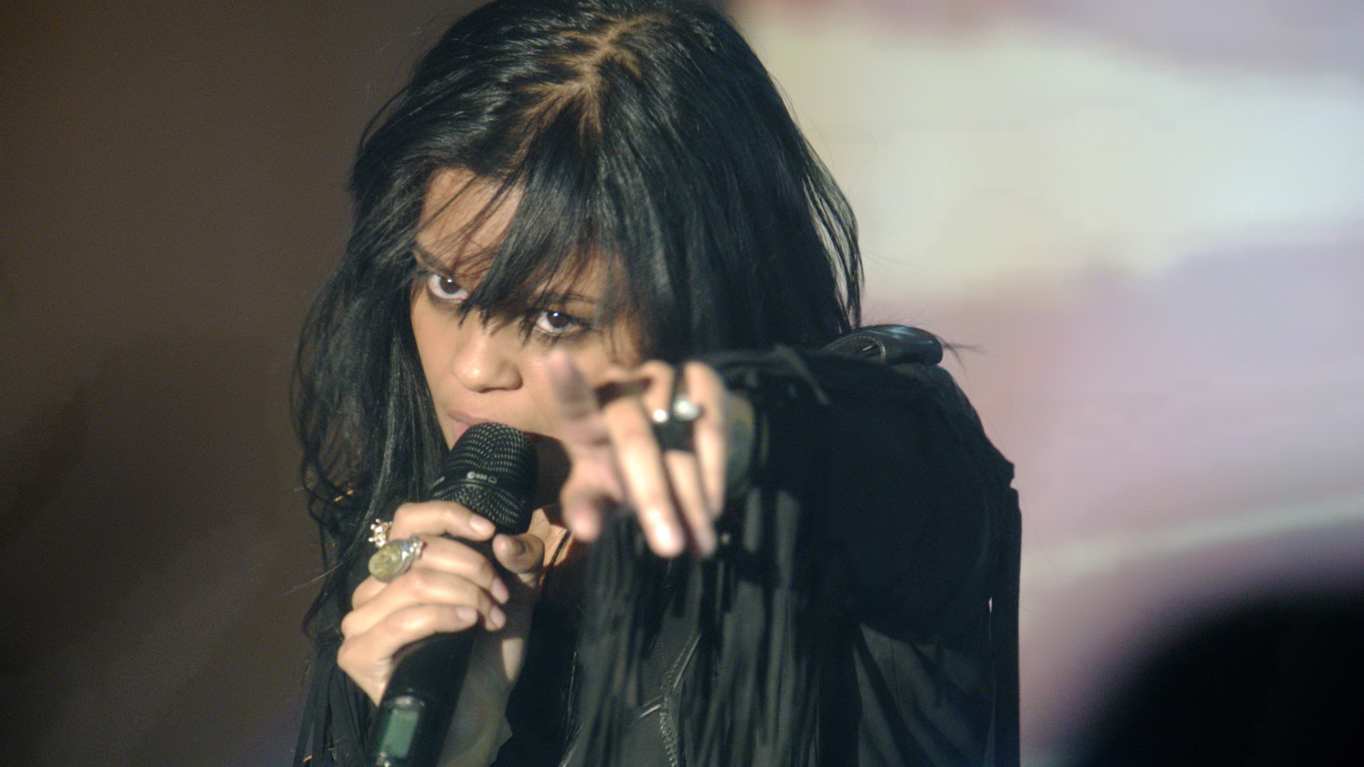 "FEFE DOBSON ""LEGACY (DEGRASSI PERFORMANCE)"""