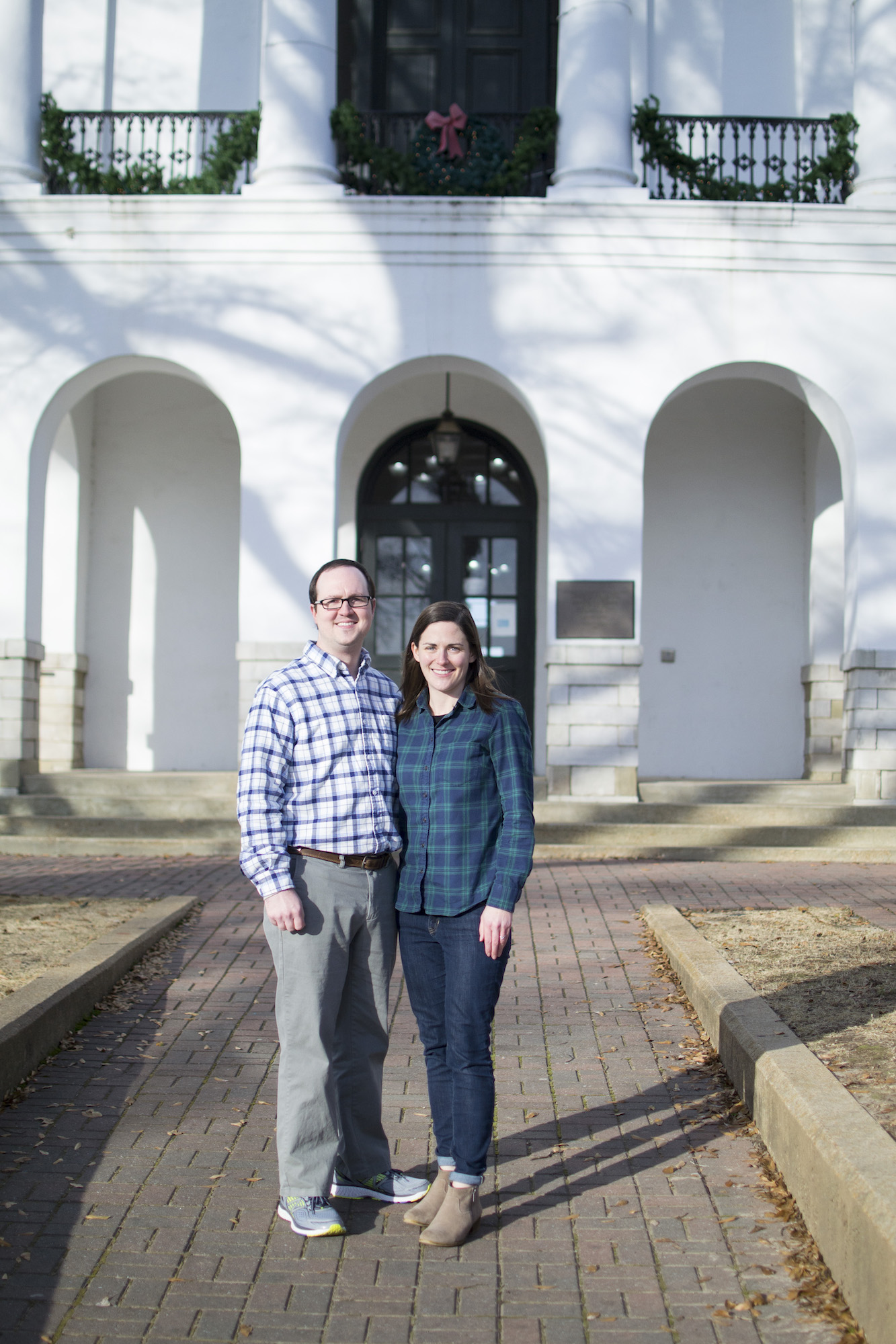 oxford ms square engagement session.jpg