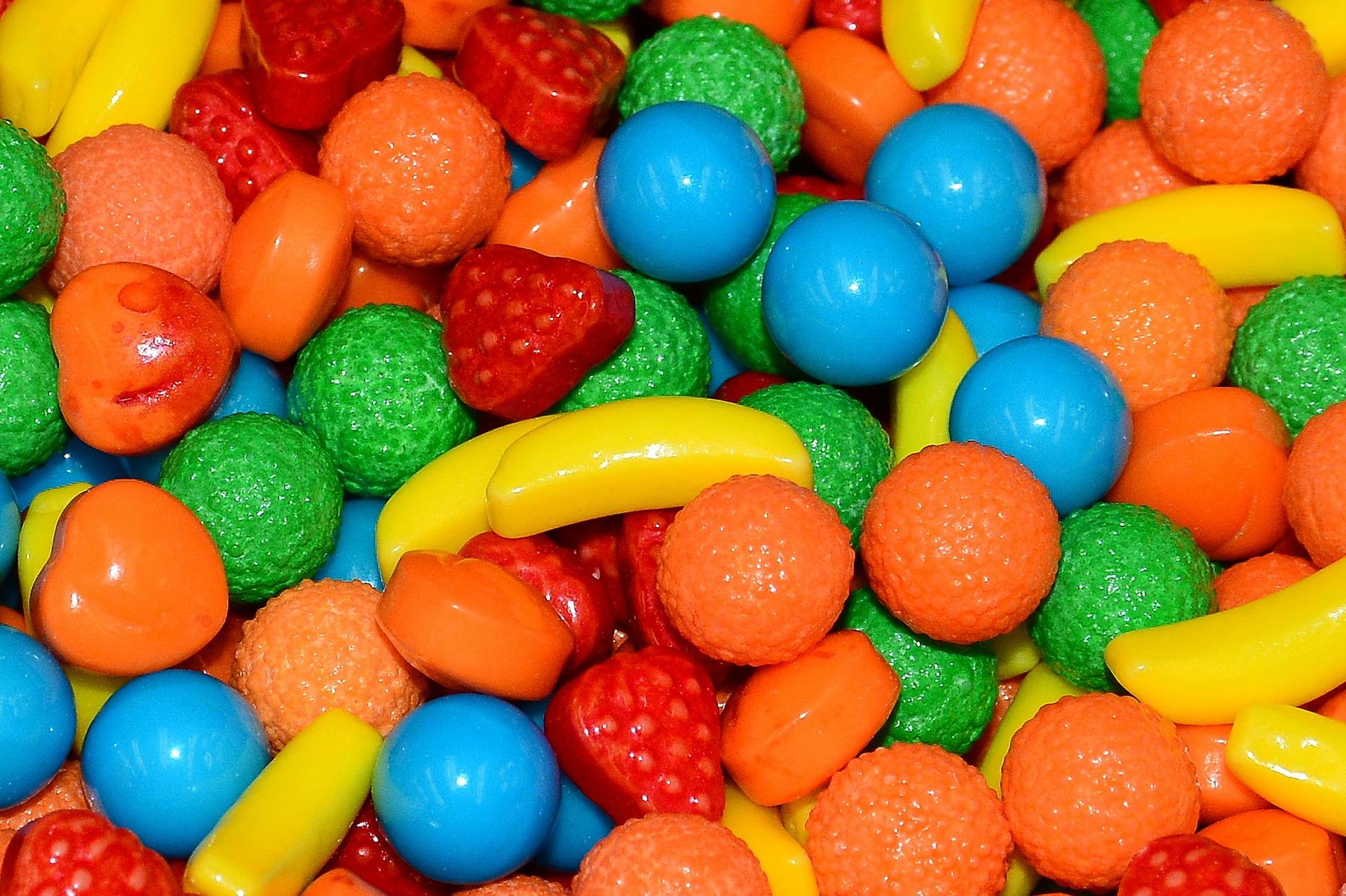 candy-1231201_1920.jpg