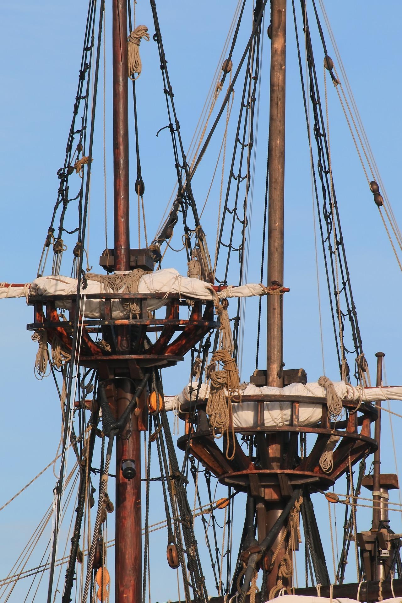pirate-ship-2254096_1920.jpg