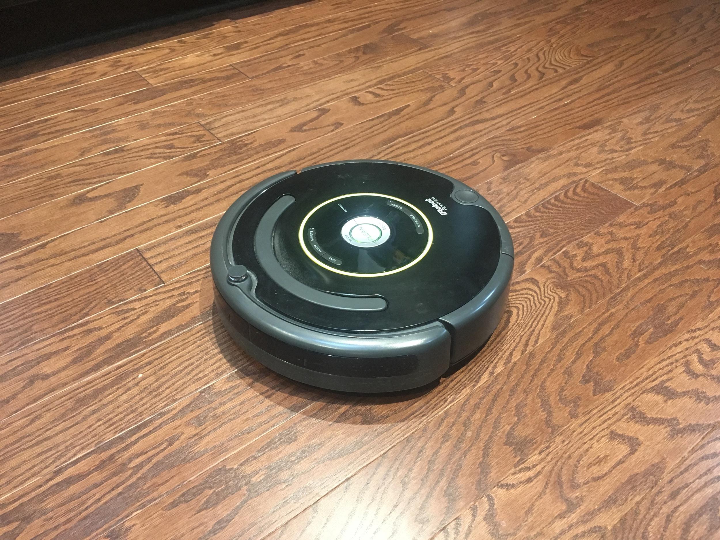 Best Mom - Roomba Top