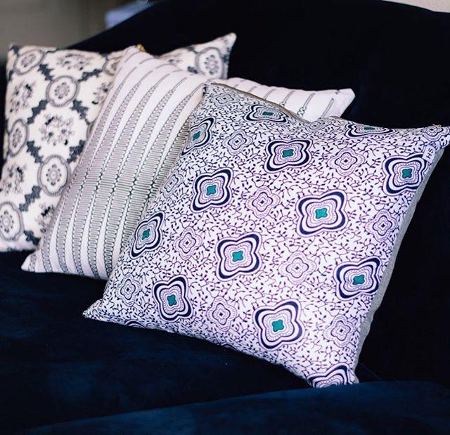an oldie but a goodie. ⠀⠀⠀⠀⠀⠀⠀⠀⠀ ________________________________________ #design #interiordesign #interiordesigner #surface #designinspiration #lifestyle #homedecor #worldofinteriors #creative #islandstyle #pursuepretty #modernluxuryinteriors #residentialdesign #inspire #wanderlust #textile #decorate #houstondesigner #modernluxuryinteriors #residentialinteriors #habitatandhome #vogueliving #style #patternity #hospitalitydesign #htx #zetland855
