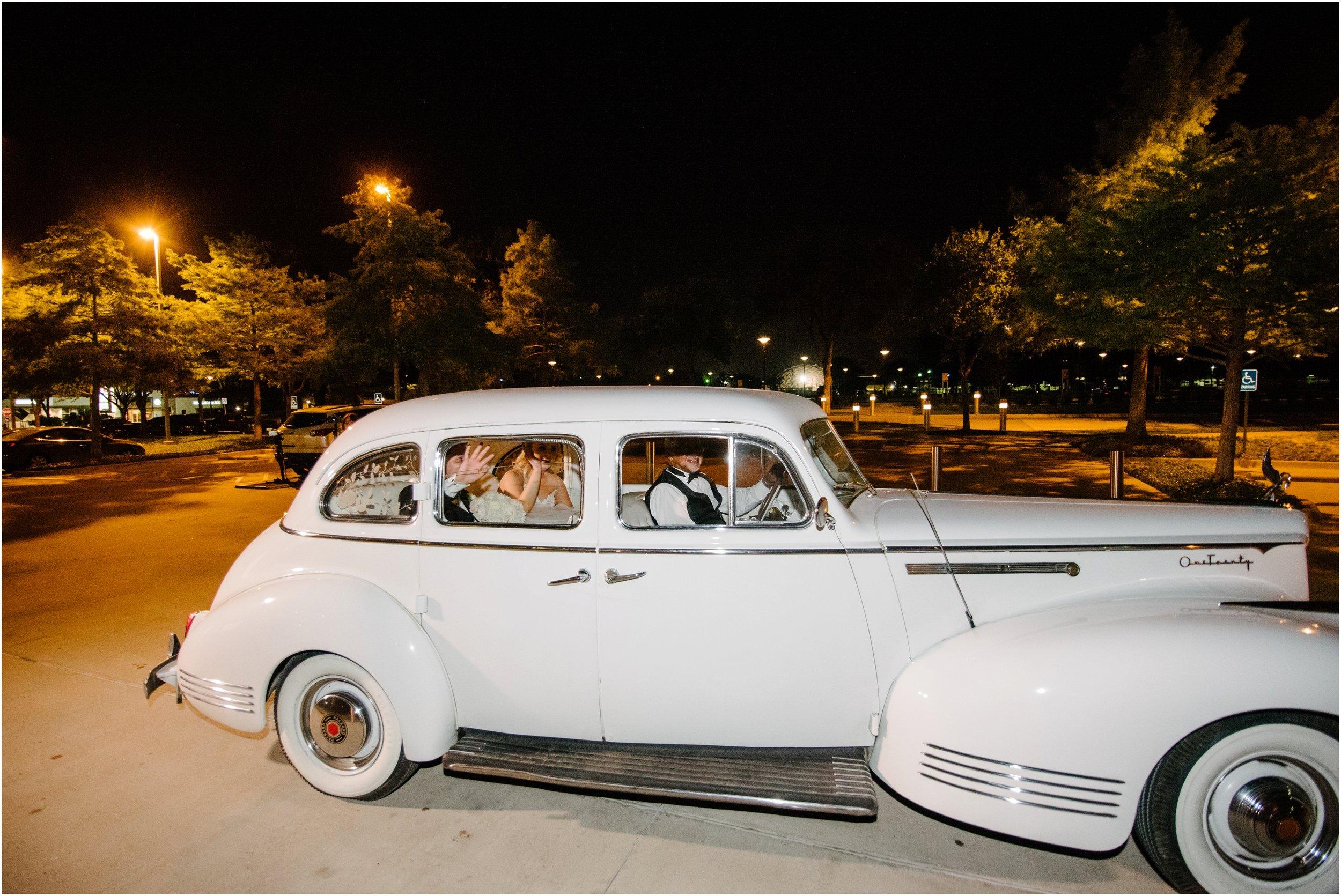 dallasweddingphotographer_fortworthweddingphotographer_texasweddingphotographer_mattandjulieweddings_0042.jpg