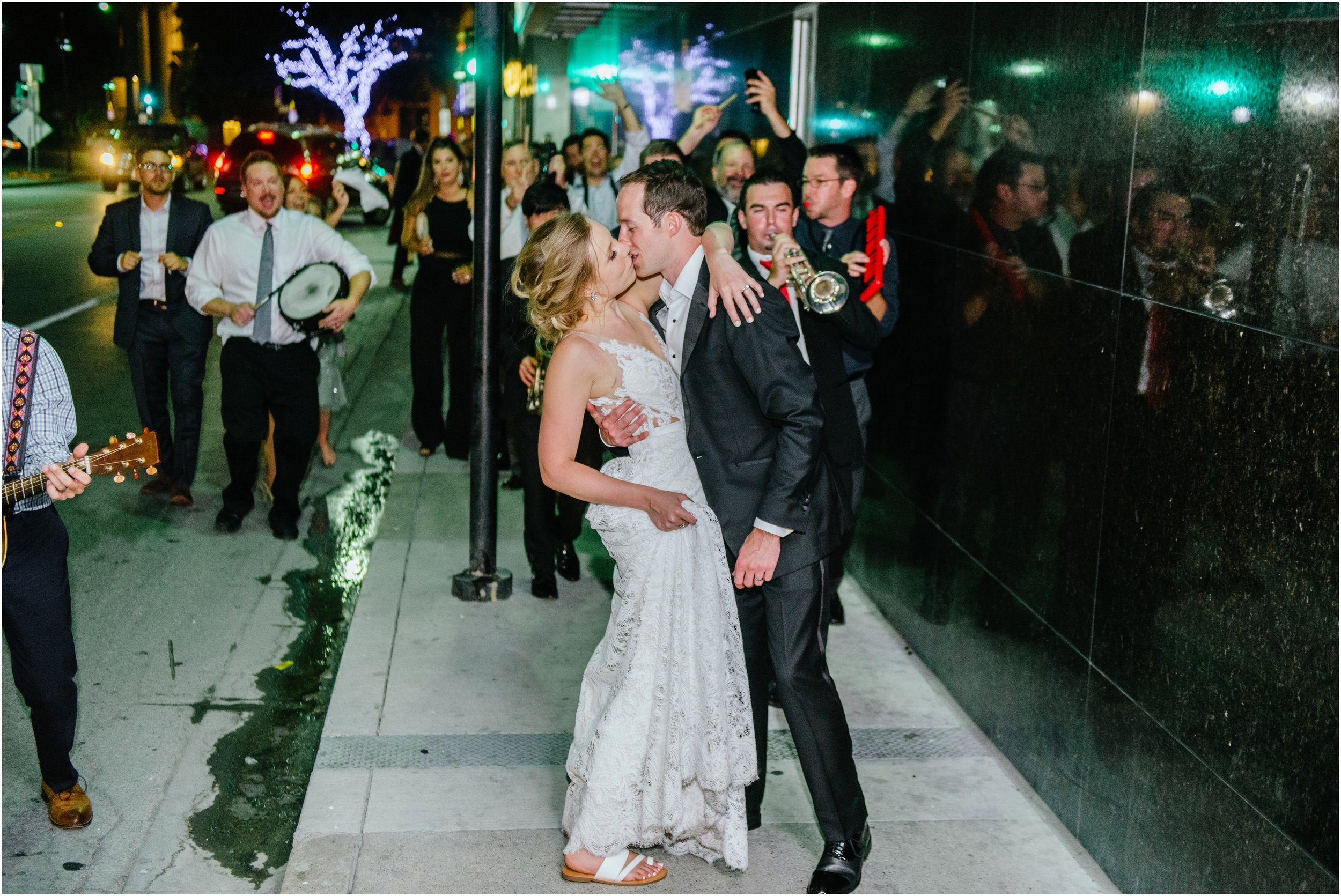 dallasweddingphotographer_fortworthweddingphotographer_texasweddingphotographer_mattandjulieweddings_Lauren+Andy_0093.jpg