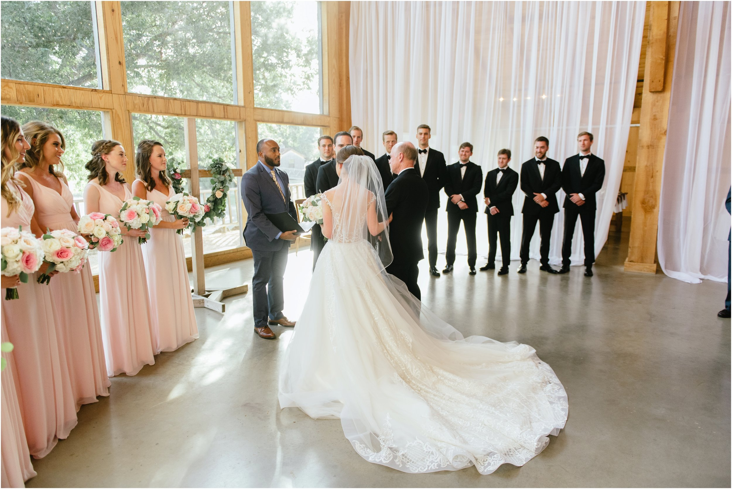 dallasweddingphotographer_fortworthweddingphotographer_texasweddingphotographer_mattandjulieweddings_whiterocklakewedding_KayleighClay_0020.jpg