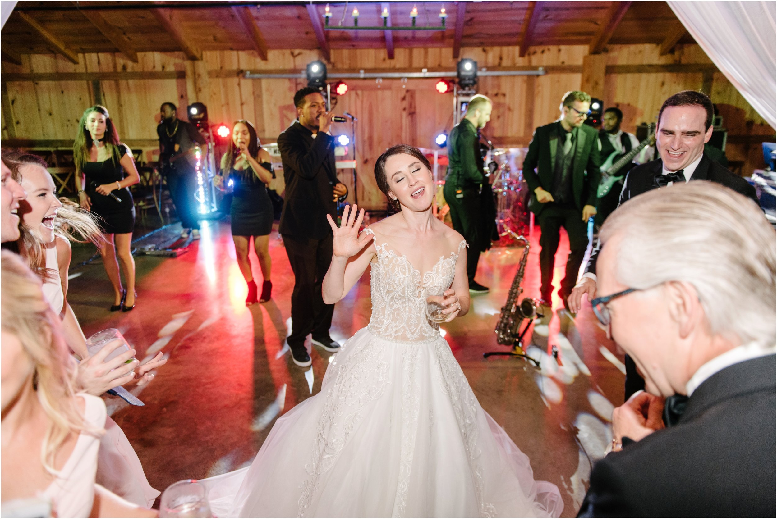 dallasweddingphotographer_fortworthweddingphotographer_texasweddingphotographer_mattandjulieweddings_whiterocklakewedding_KayleighClay_0046.jpg