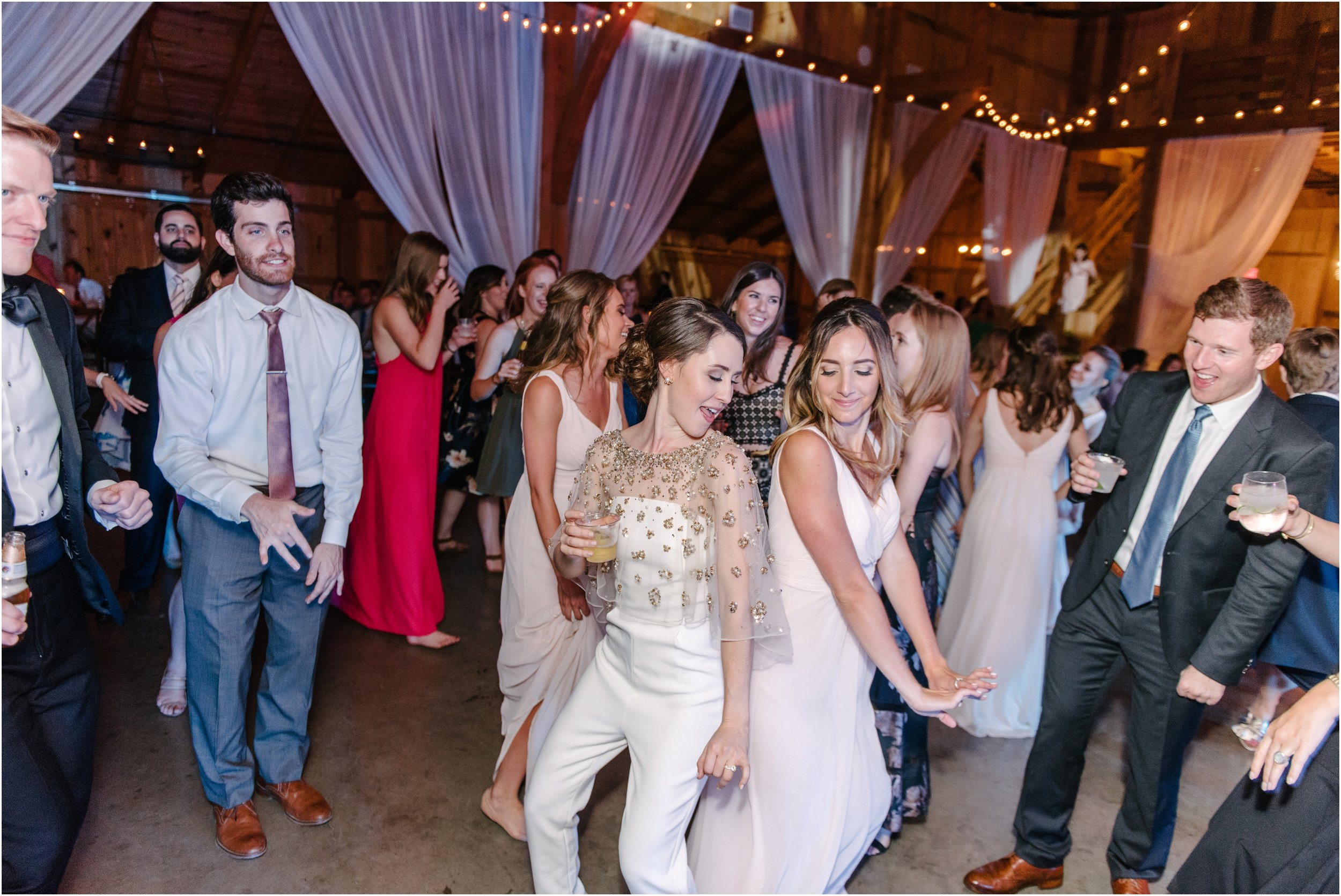 dallasweddingphotographer_fortworthweddingphotographer_texasweddingphotographer_mattandjulieweddings_whiterocklakewedding_KayleighClay_0052.jpg