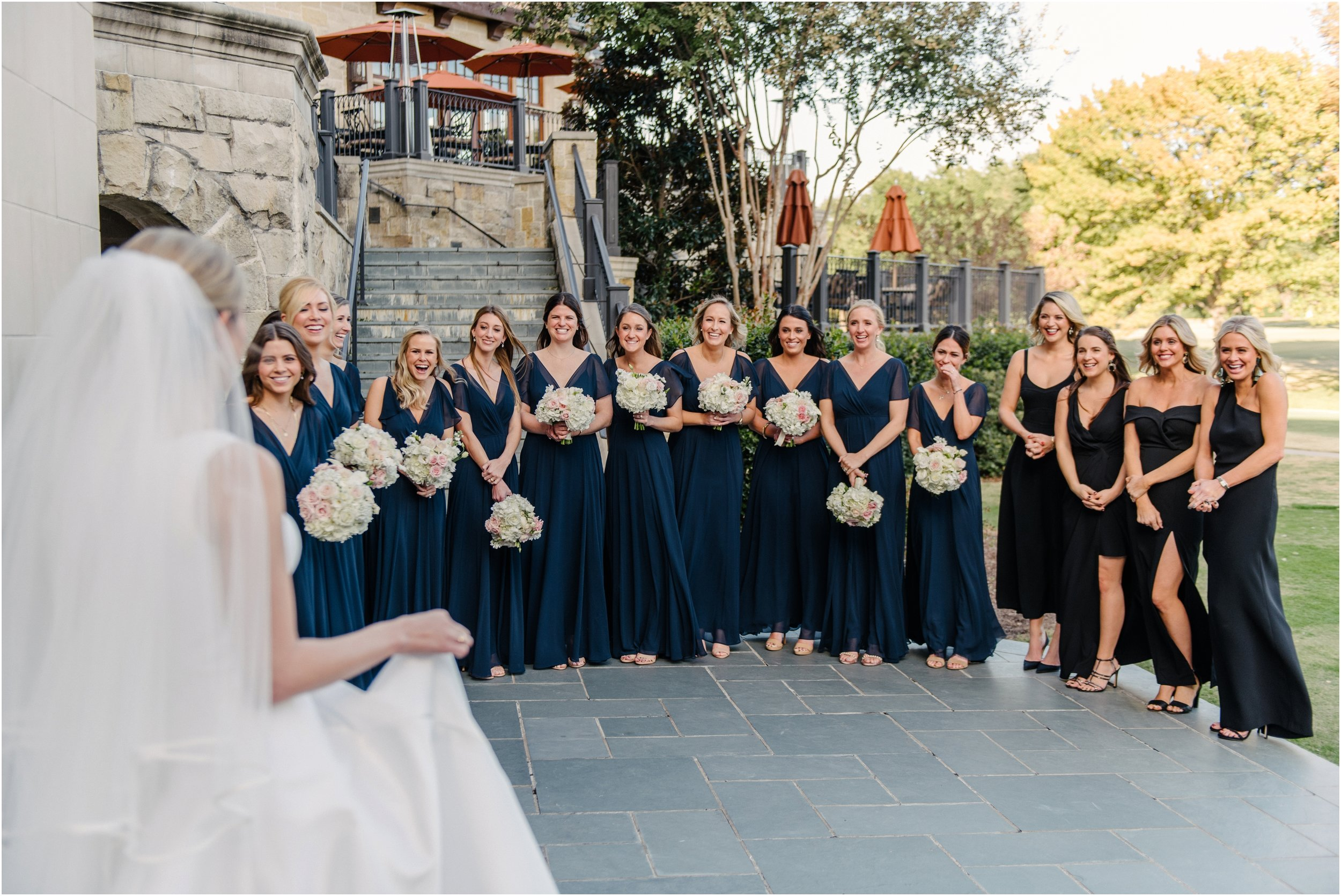 dallasweddingphotographer_DallasCountryClub_Hannah+Matthew_0011.jpg