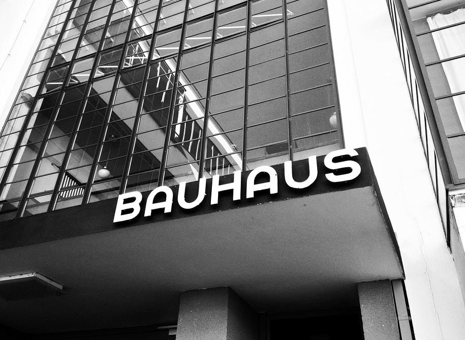 bauhaus-546717_960_720.jpg