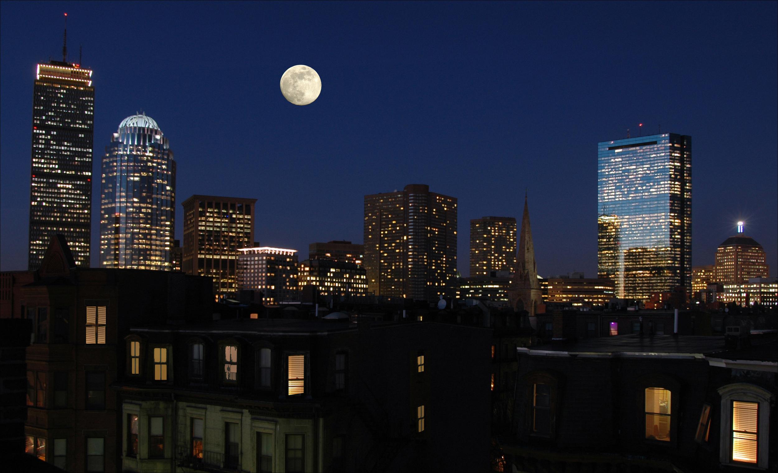 BostonNight02.jpg