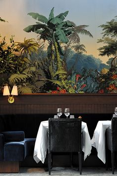 fc32353188136741c623d838bdb0e5e5--luxury-restaurant-restaurant-paris.jpg