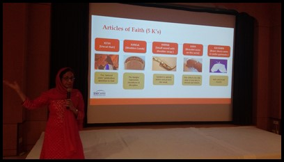 Ms. Hardeep also shared about the five articles of faith for Sikhs: Kesh (uncut hair), Kanga (wooden comb), Kirpan (small sword), Kara (bracelet) and Kachaira (undergarments). Each one represents essential beliefs such as devotion to God, protection of the weak, cleanliness and discipline.