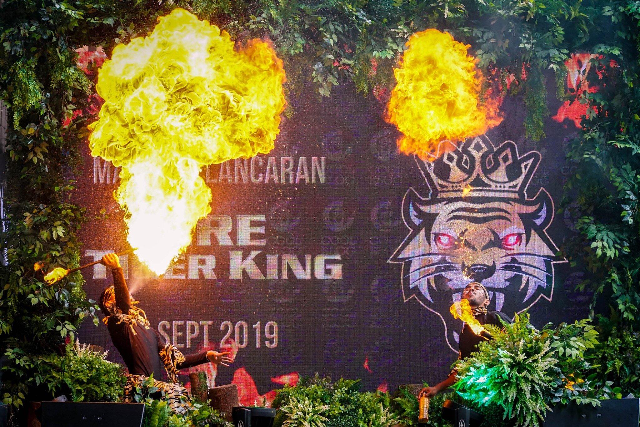 Tiger King Launching (4).jpg