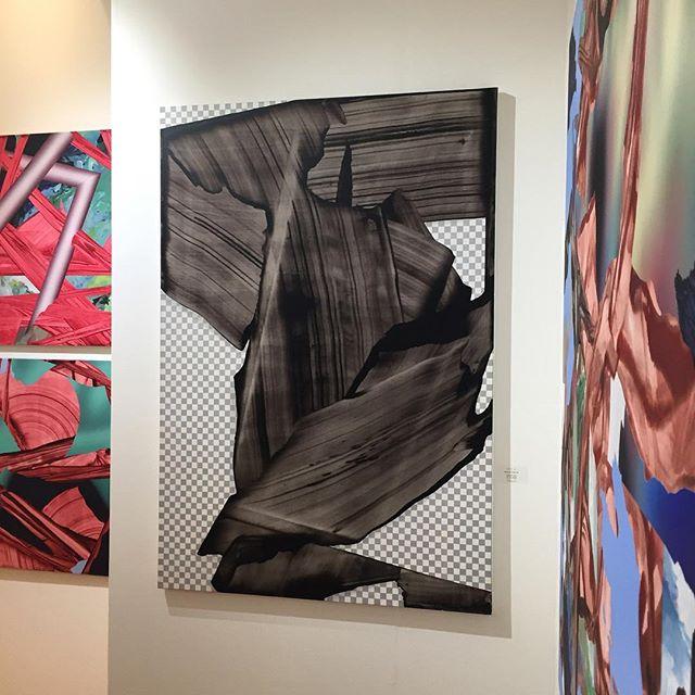 Platinum Preview at SCOPE! ・・・paintings by Mateusz Piestrak. @piestrax . . . . #scopeartshow #nyc #artfair #contemporaryart #details #newyork #curated#mateuszpiestrak #artcollector