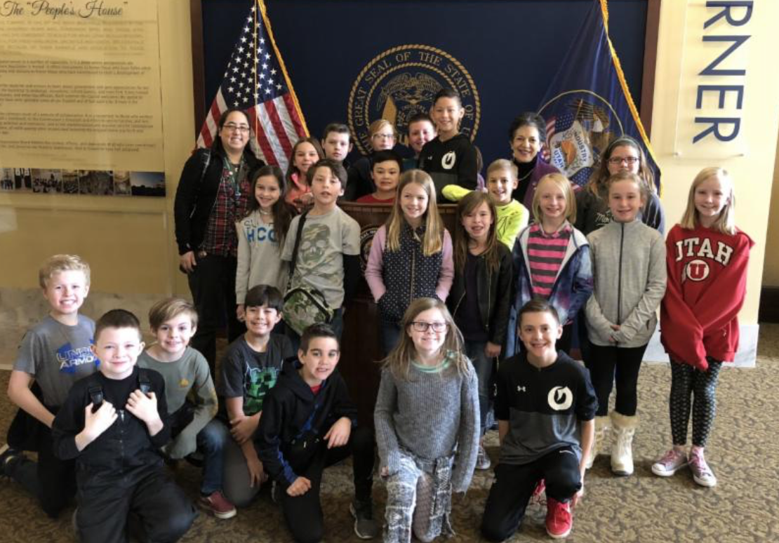 epresentative Arent and students from Crestview Elementary 4th Grade. Another 4th Grade class from Crestview also visited the Capitol, but unfortunately we did not get a photo of that group.
