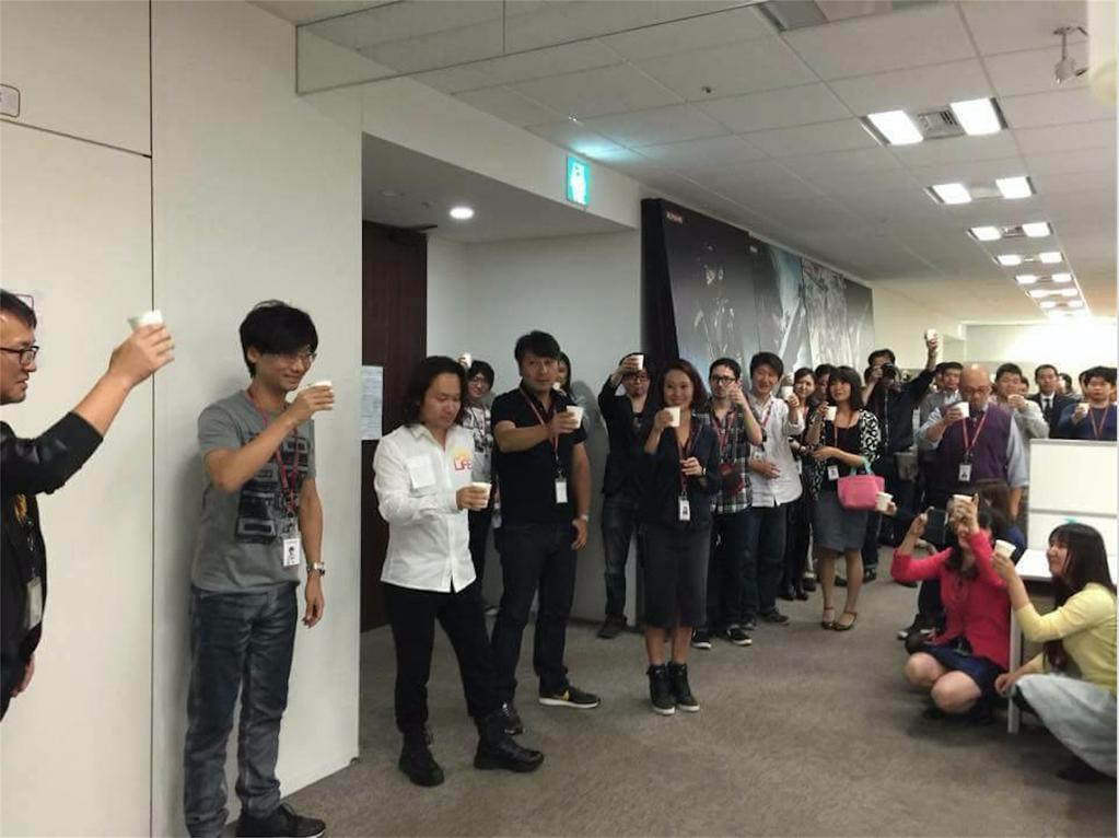 Uno scatto dalla sessione di scommesse coi soldi di Zave in Konami.