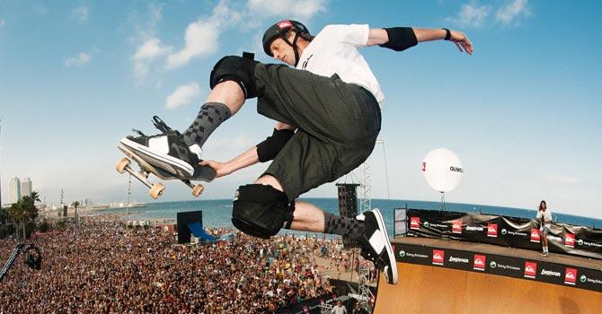 Ma poi, ci pensavo recentemente: i quindicenni che si avvicinano per la prima volta allo skateboard conosceranno Tony Hawk?