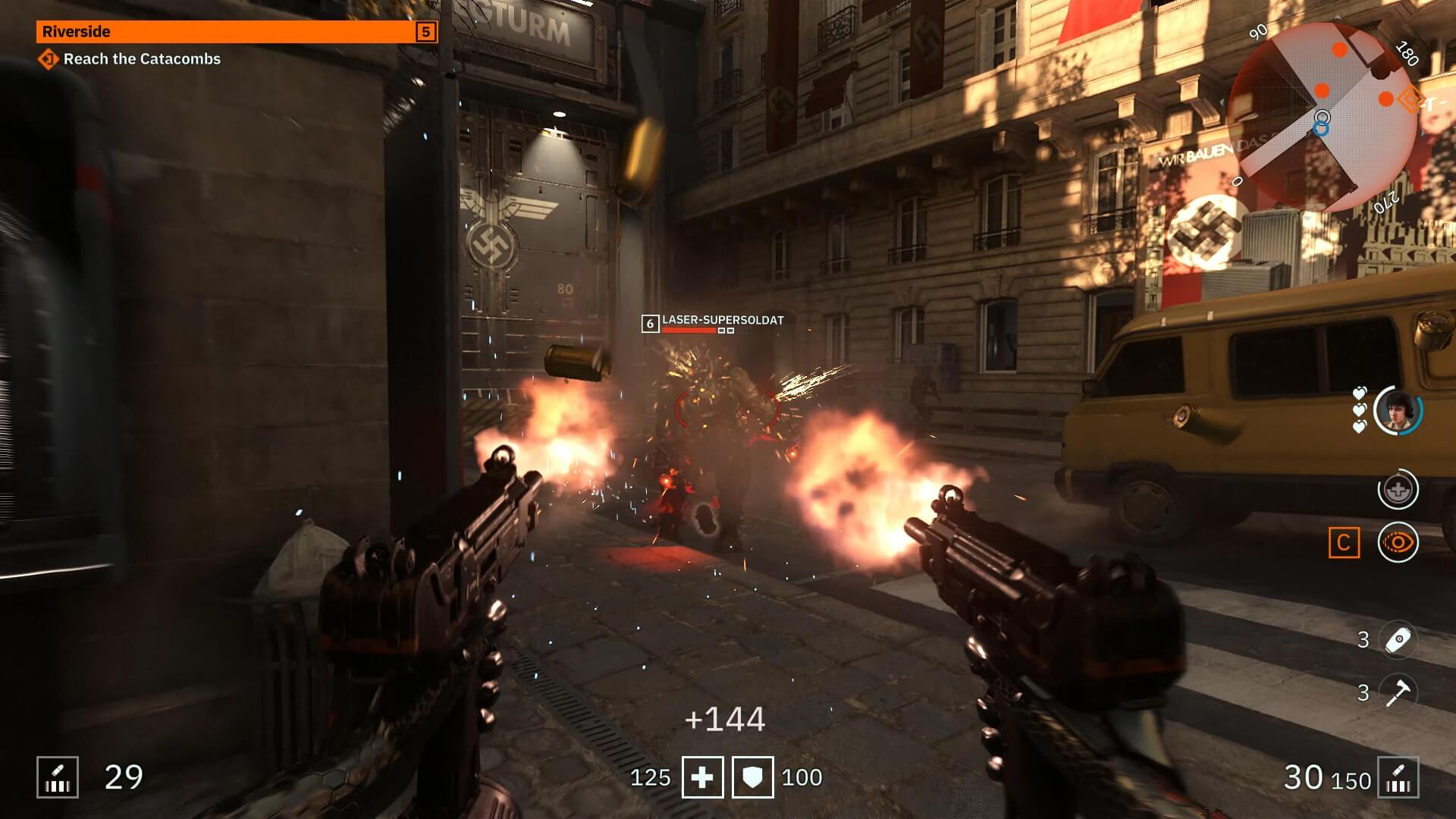 Le doppie armi: uno degli elementi distintivi della saga.
